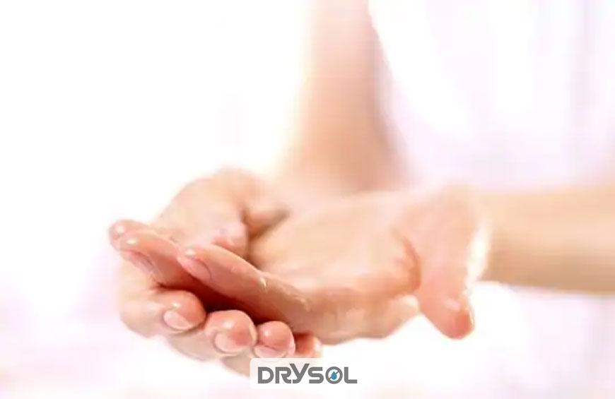 درایسول - تعریق کف دست