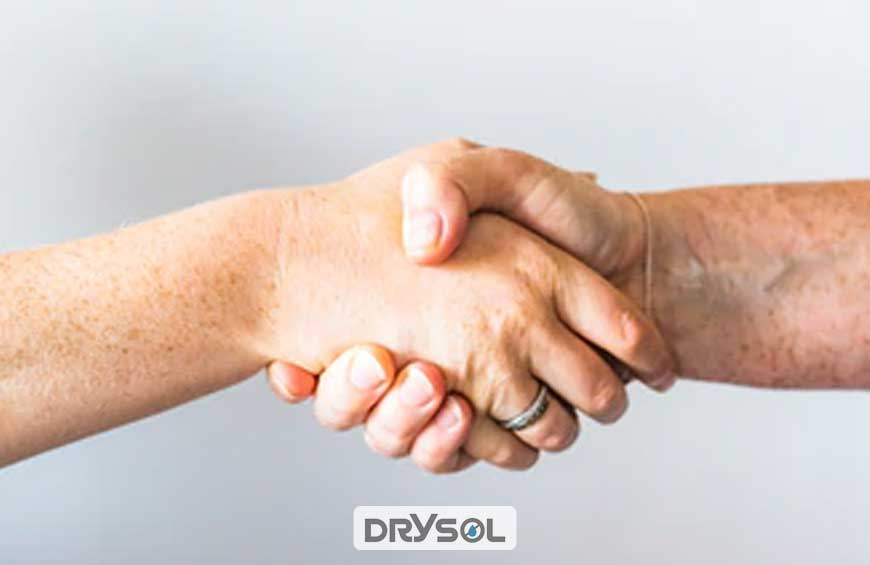 ضد تعریق - کاهش عرق کف دست